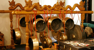 Traditional_indonesian_instruments04