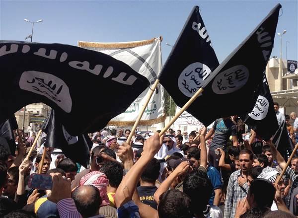 Para pendukung Islamic State di kota Mosul (foto : breakingnews)