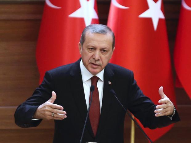 Presiden Turki Recep Tayyip Erdogan yang nyaris tewas saat terjadinya kudeta (foto : independent)