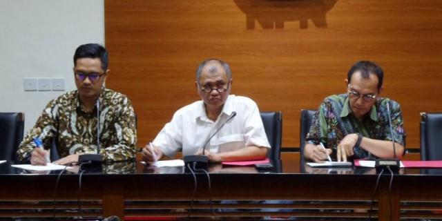 Ketua KPK Agus Rahardjo mengumumkan Setya Novanto sebagai tersangka kasus e-KTP (foto : Kopel Online)